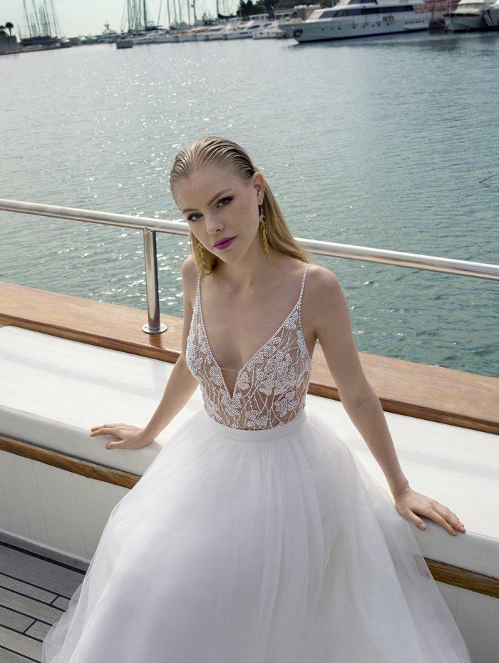 Vestido de novia con body y falda de tul