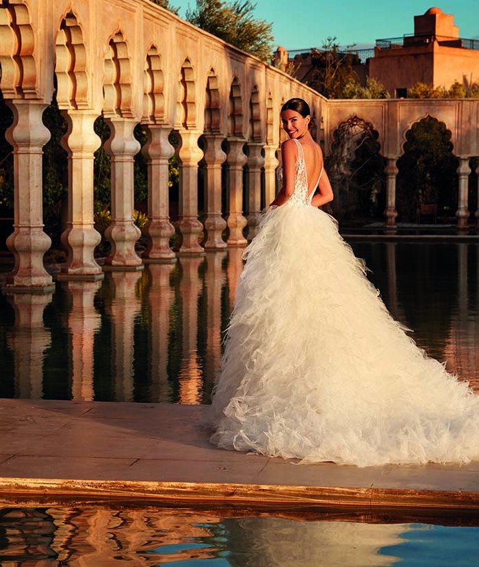 Vestido de novia con espalda al aire